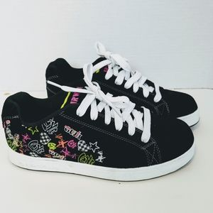 Airwalk Black Velvet Sneakers - Size 8